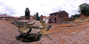 Aljibe medieval de Rodenas. A 38 km de Albarracín.