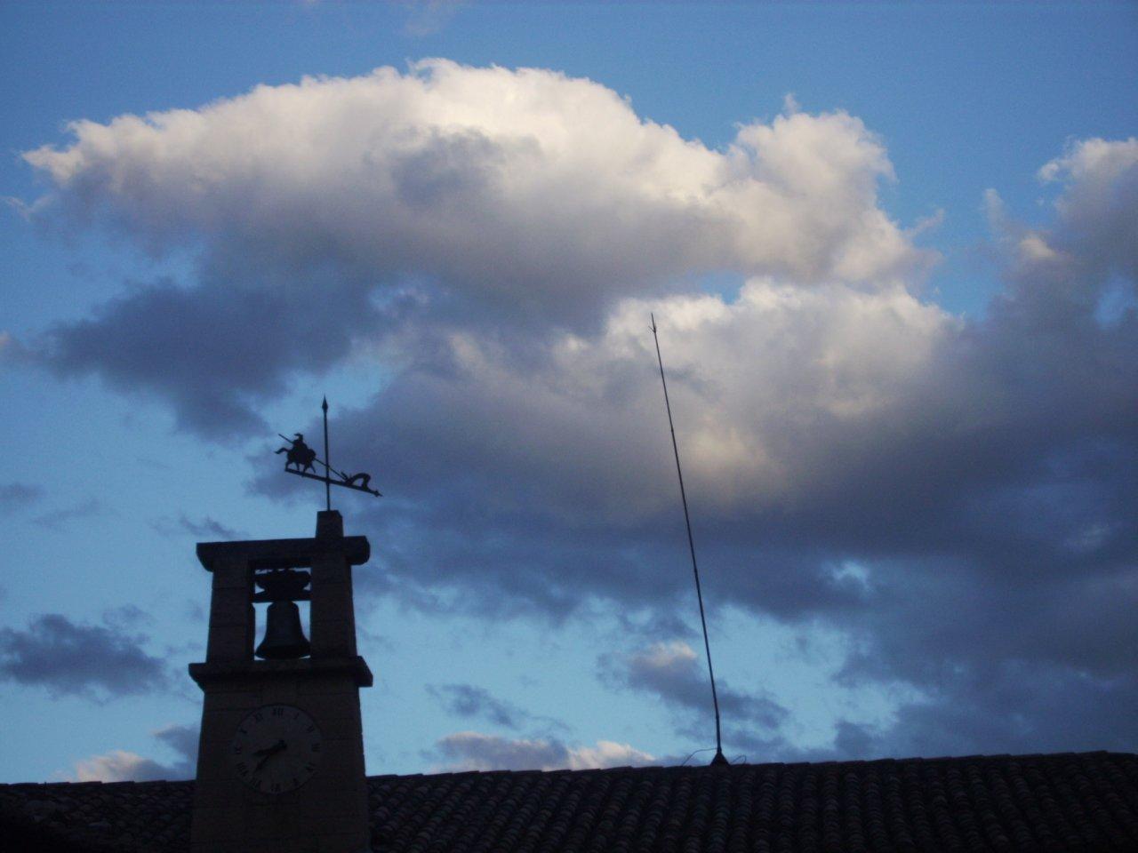 Feliz día de San Jorge, patrón de Aragón!!