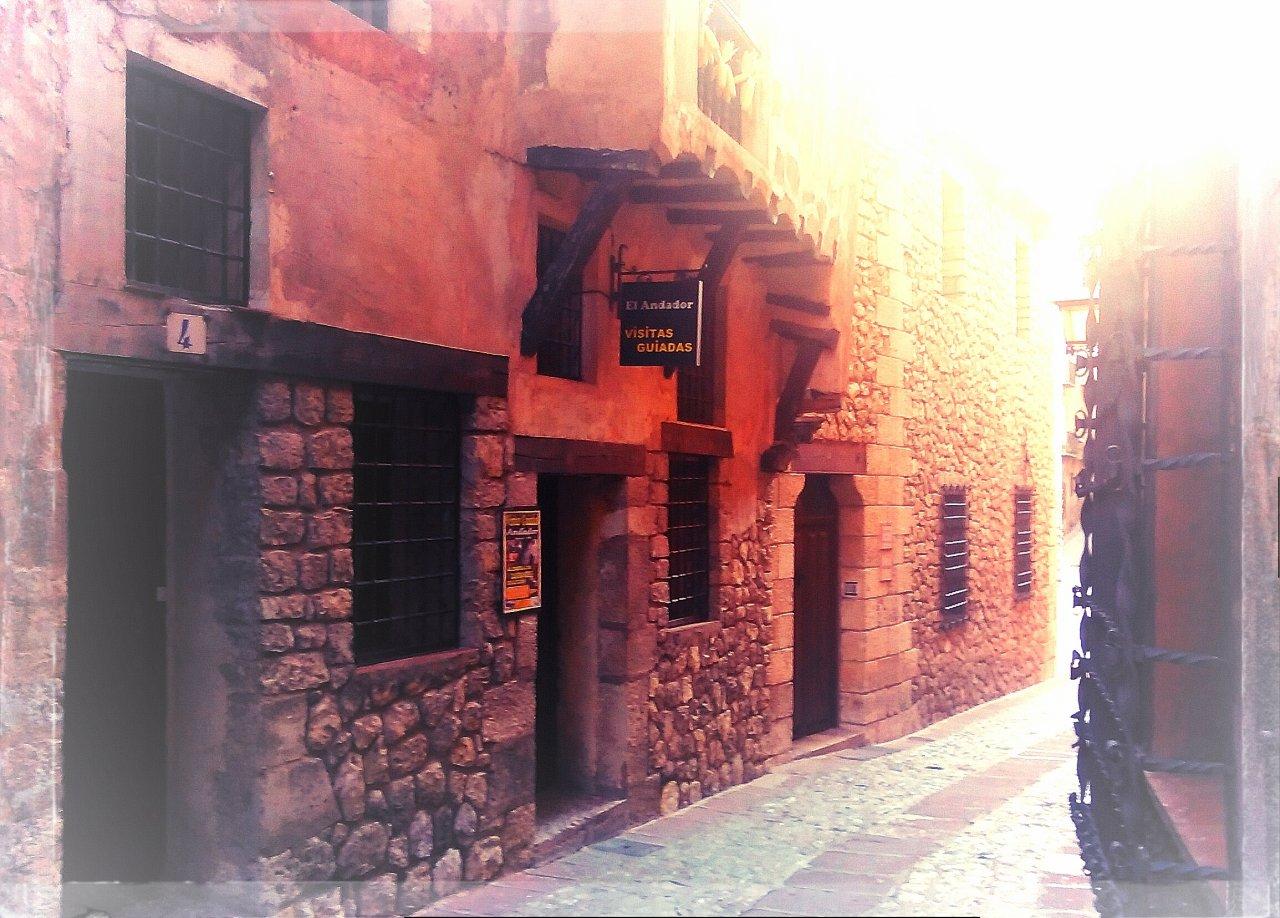 Aquí os esperamos con la #VisitaGuiada en #Albarracin