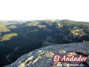 Carretera entre Albarracín y Bezas.jpg