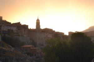 Descubrir ALBARRACÍN con ANDADOR Visitas Guiadas...es algo diferente