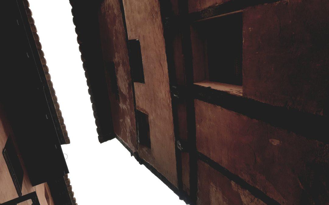 #MiradasAlCielo #MiradasAlPasado de #VisitaGuiada en #Albarracin #AlbarracinEspecial #CasaMuseo y #Teruel…www.elandadoralbarracin.es