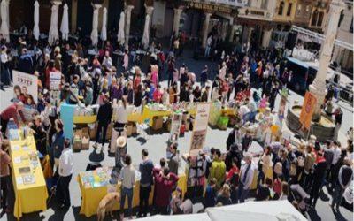 Noticia Diario de Teruel: El VIIDía del Libro de Teruel reúne este sábado en la plaza del Torico a seis librerías y cuatro autores