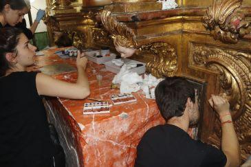 Noticia Diario de Teruel: Gea de Albarracín restaura el retablo barroco de la Virgen del Refugio