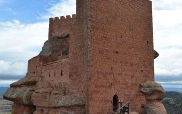 Noticia Diario de Teruel: Comienzan los trabajos de la mejora y conservación del Castillo de Peracense