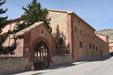 Noticia Diario de Teruel: El Grupo Gargallo adquiere el convento de las Dominicas en Albarracín para hacer un hotel que podría ser de cinco estrellas y que dará empleo a 35 personas