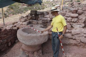 Noticia Diario de Teruel: Los trabajos arqueológicos afloran los restos de la primera iglesia de Peracense