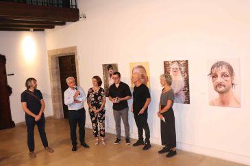 Noticia Diario de Teruel: 'Skid Row 08001', lugares incómodos para los que miran a otro lado
