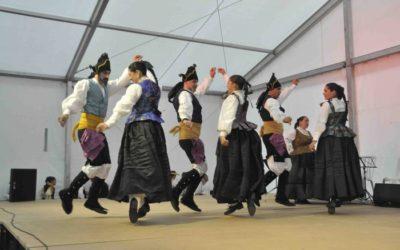 Noticia Diario de Teruel: Las tradiciones locales sacaron a los turolenses a las calles de la capital