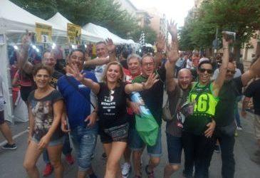 Noticia Diario de Teruel: Mundial de Motociclismo en Alcañiz: el sector hostelero del Bajo Aragón espera colgar hoy el cartel de completo a pesar de las cancelaciones de última hora