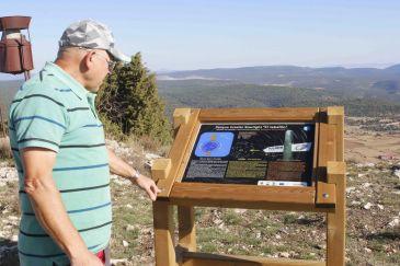 Noticia Diario de Teruel: Jabaloyas instala un pequeño parque estelar Starlight en la cima del Jabalón