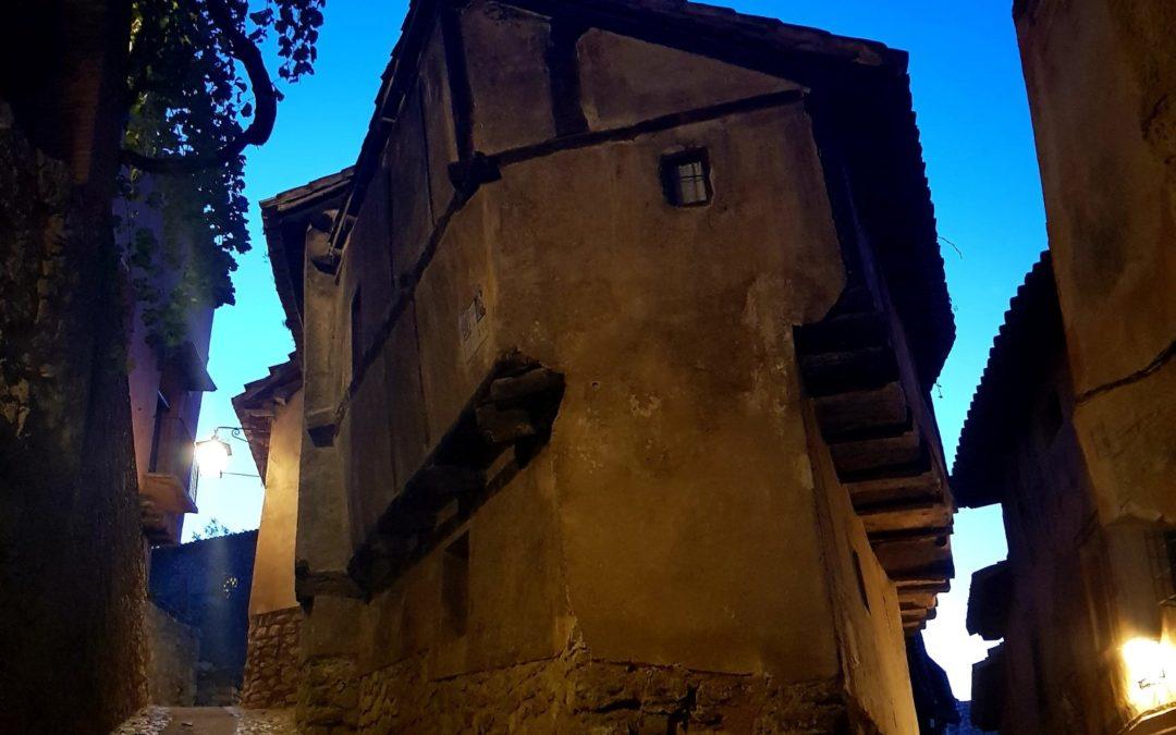 #AmaneceresQueEnamoran en #Albarracin de #visitaguiada