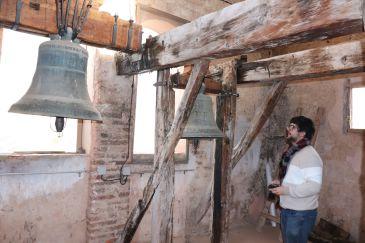 Noticia Diario de Teruel: Un estudio recoge el inventario de todas las campanas de la comarca Sierra de Albarracín