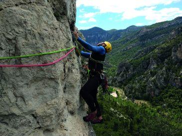 Noticia Diario de Teruel: 'Aristas y Crestas de Teruel': setenta paraísos para contemplar la provincia a vista de pájaro