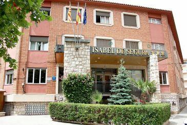 Noticia Diario de Teruel: Declarados de servicio esencial 10 hoteles y alojamientos turísticos de Teruel para acoger a trabajadores que hacen labores fundamentales