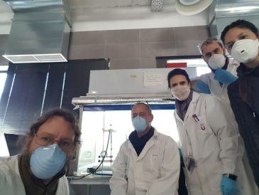 Noticia Diario de Teruel: De paleontólogo de Dinópolis a luchar contra el Covid-19: Luis de Luque participa en un proyecto para encontrar un diagnóstico rápido del virus