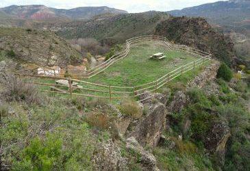 Noticia Diario de Teruel: La Plaza de los Moros de Libros, la fortaleza que defendió un solo freire templario