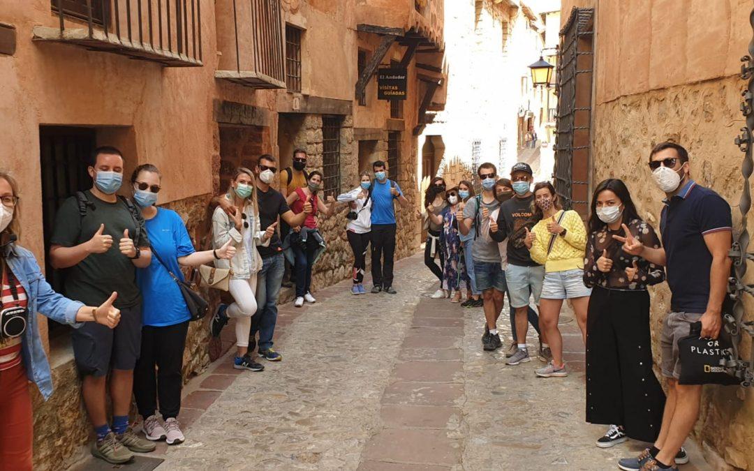 Nuestra #VisitaGuiadaSegura del #Domingo! Con #nuevosamigos en los que gozamos del #PatrimonioAlbarracín #GRACIAS POR LA CONFIANZA DEPOSITADA!!