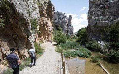 Noticia Heraldo de Aragón: Calomarde: paseo sereno por el río Blanco