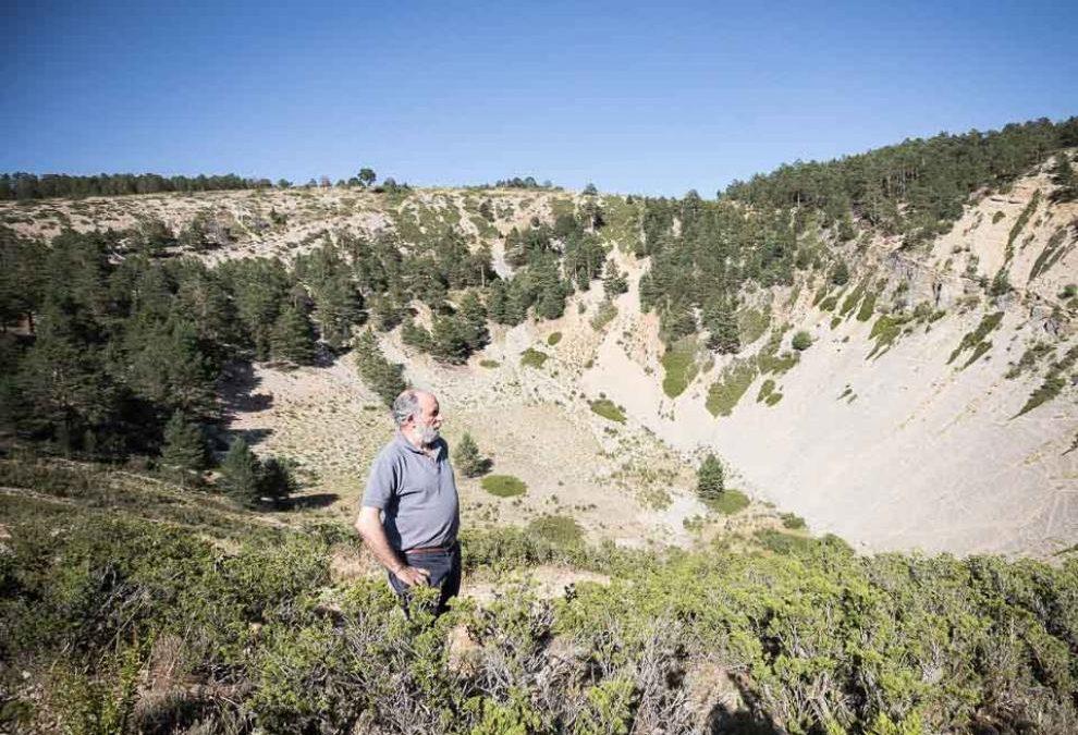 Noticia Heraldo de Aragón: No son cráteres, sino dolinas las de Villar del Cobo