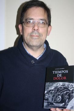 """Noticia Diario de Teruel: Víctor Lacambra, escritor de Albarracín: """"Los tiempos complicados son oportunidades para ser un poco más honestos"""""""