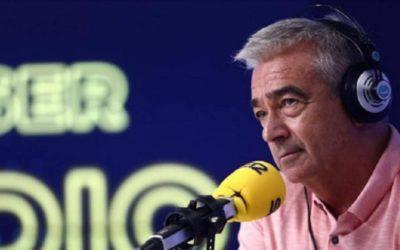 """Cadenaser: Carles Francino: """"Teruel es un lugar de vida, no solo existe"""" La Ventana de la Cadena SER se emite este viernes desde el Ayuntamiento de Albarracín, con las invitaciones agotadas desde hace días. Ha pasado por los micrófonos de Hoy por Hoy Aragón"""