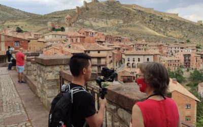 Albarracín es uno de los lugares que ha visitado el periodista chino Ziliang Zhan. Ordesa, Loarre, San Juan de la Peña, Lacuniacha y Riglos viajan hasta China