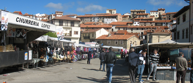 Orihuela_del_Tremedal_Feria.jpg